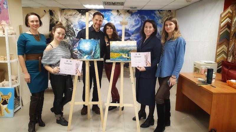 В Киеве успешно начался проект живописи и глубинной психологии